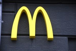 fast food wage increase