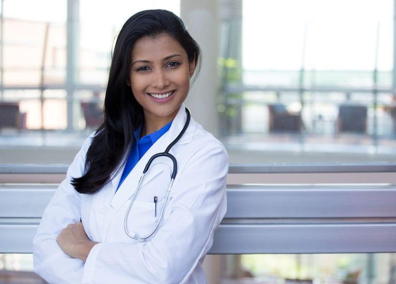 Mumbai Indian doctor bhabhi