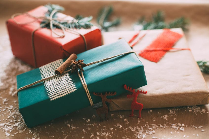 ERs Overwhelmed by Life-Threatening, Wrapping Paper-Related Paper Cuts